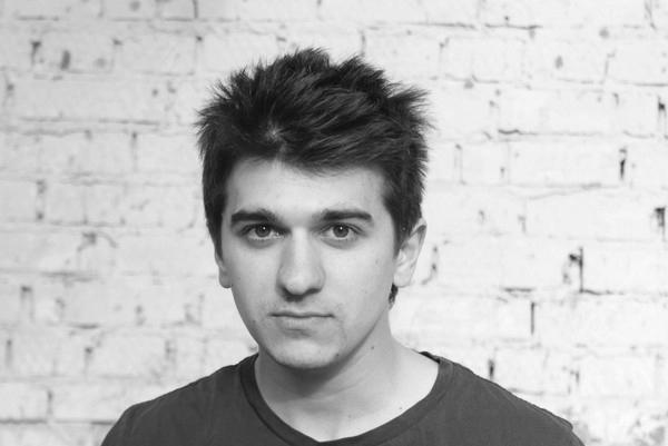 Ruslan-Bratov_Film-Director_merry-go-round