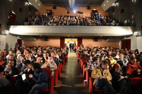 Il pubblico al Teatro Astoria