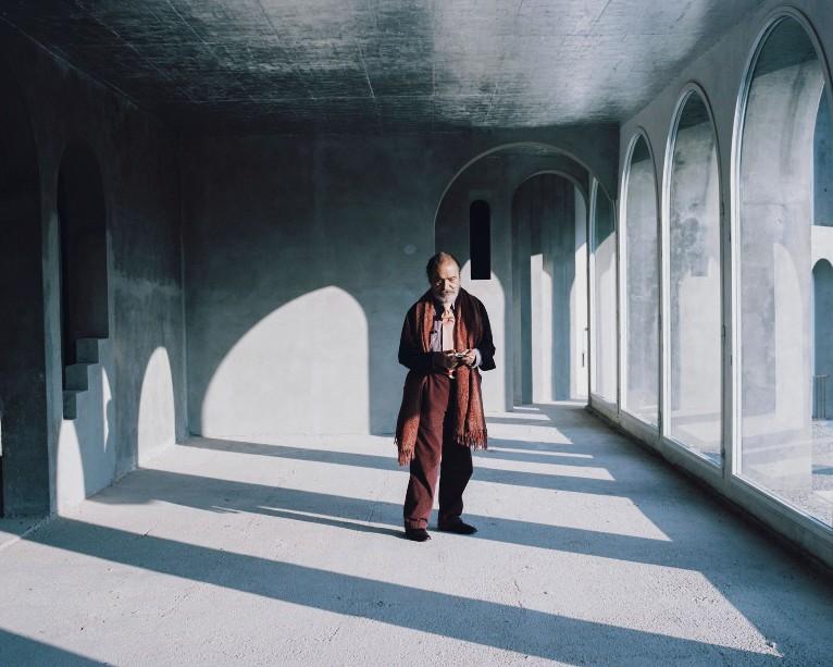 Film apertura - In Residence - Xavier Corbero